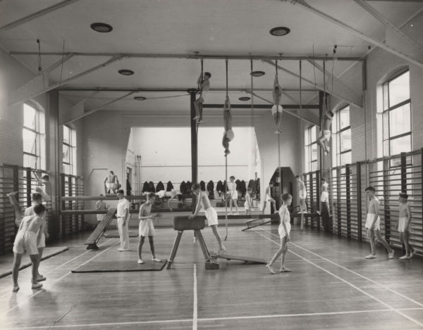 22-old-gym
