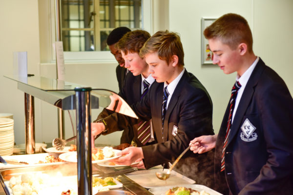 School-catering-scaled